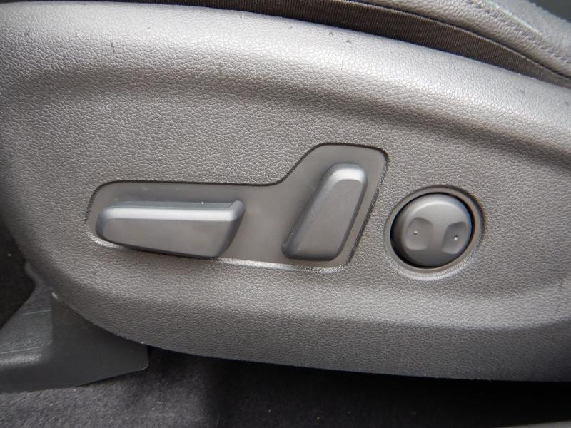 Photo 21 de l'offre de HYUNDAI Tucson 2.0 CRDI 185ch hybrid 48V Executive HTRAC BVA8 Euro6d-Evap à 30490€ chez Garage Bazin