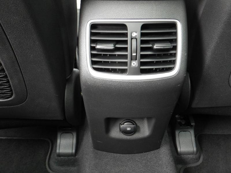 Photo 22 de l'offre de HYUNDAI Tucson 2.0 CRDI 185ch hybrid 48V Executive HTRAC BVA8 Euro6d-Evap à 30490€ chez Garage Bazin