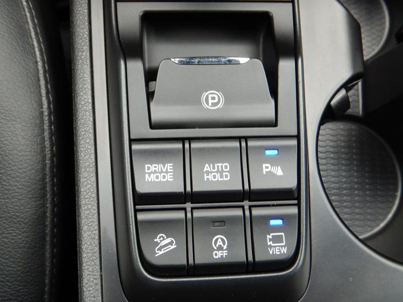 Photo 19 de l'offre de HYUNDAI Tucson 2.0 CRDI 185ch hybrid 48V Executive HTRAC BVA8 Euro6d-Evap à 30490€ chez Garage Bazin