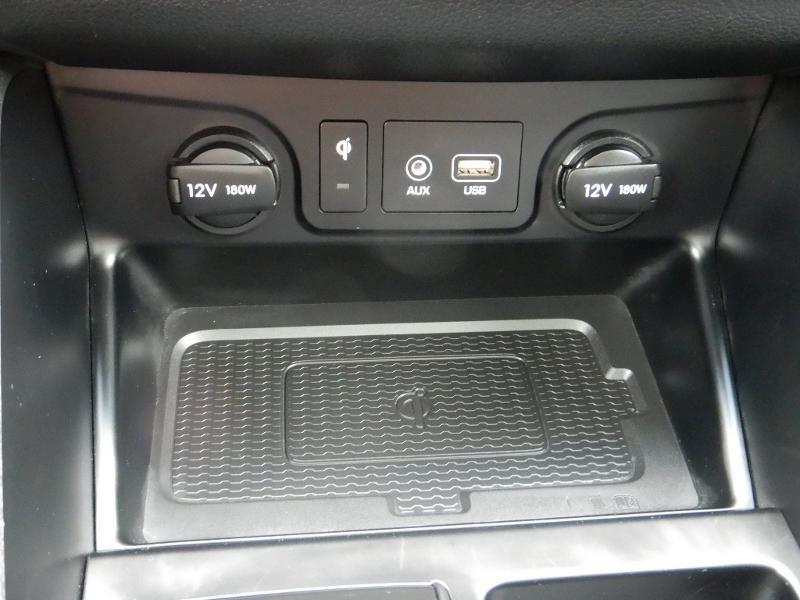 Photo 18 de l'offre de HYUNDAI Tucson 2.0 CRDI 185ch hybrid 48V Executive HTRAC BVA8 Euro6d-Evap à 30490€ chez Garage Bazin
