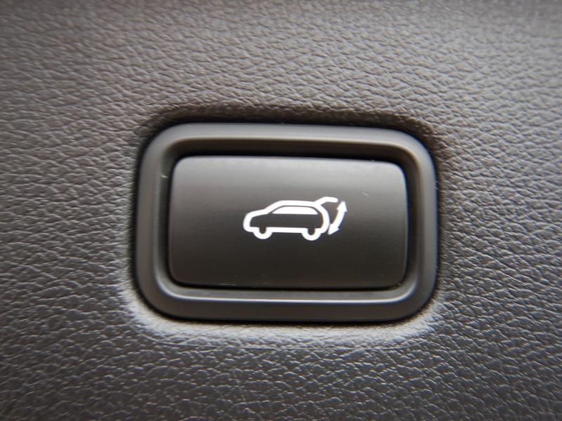 Photo 26 de l'offre de HYUNDAI Tucson 2.0 CRDI 185ch hybrid 48V Executive HTRAC BVA8 Euro6d-Evap à 30490€ chez Garage Bazin