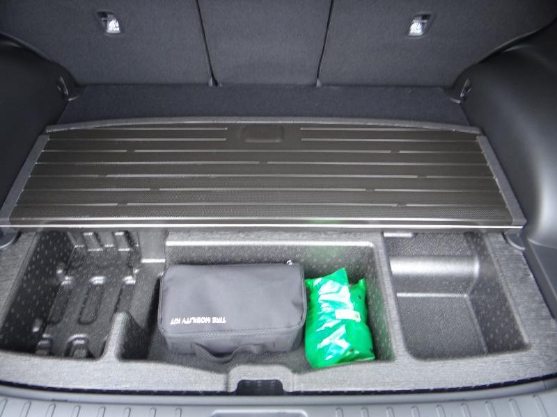 Photo 26 de l'offre de HYUNDAI Tucson 1.6 CRDI 136ch Hybrid 48v Creative DCT7 à 33990€ chez Garage Bazin