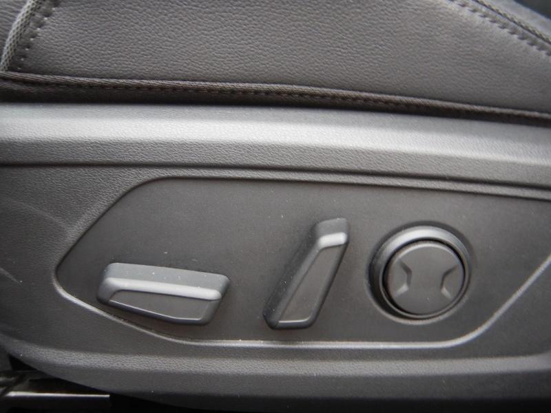 Photo 25 de l'offre de HYUNDAI Tucson 1.6 CRDI 136ch Hybrid 48v Executive DCT7 à 35990€ chez Garage Bazin