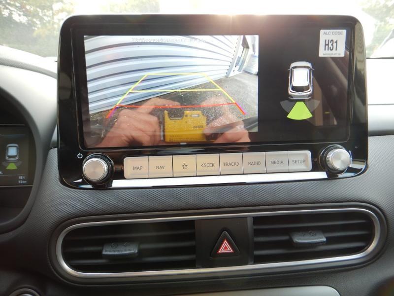 Photo 18 de l'offre de HYUNDAI Kona Electric 136ch Creative Euro6d-T EVAP 2cv à 26300€ chez Garage Bazin