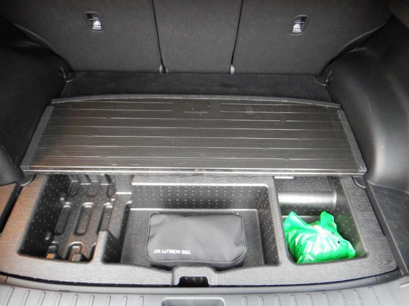 Photo 33 de l'offre de HYUNDAI Tucson 1.6 CRDI 136ch Hybrid 48v Executive DCT7 à 35990€ chez Garage Bazin