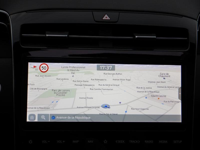 Photo 18 de l'offre de HYUNDAI Tucson 1.6 CRDI 136ch Hybrid 48v Executive DCT7 à 35990€ chez Garage Bazin