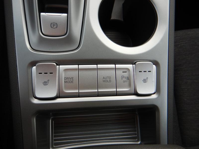 Photo 23 de l'offre de HYUNDAI Kona Electric 136ch Creative Euro6d-T EVAP 2cv à 26300€ chez Garage Bazin