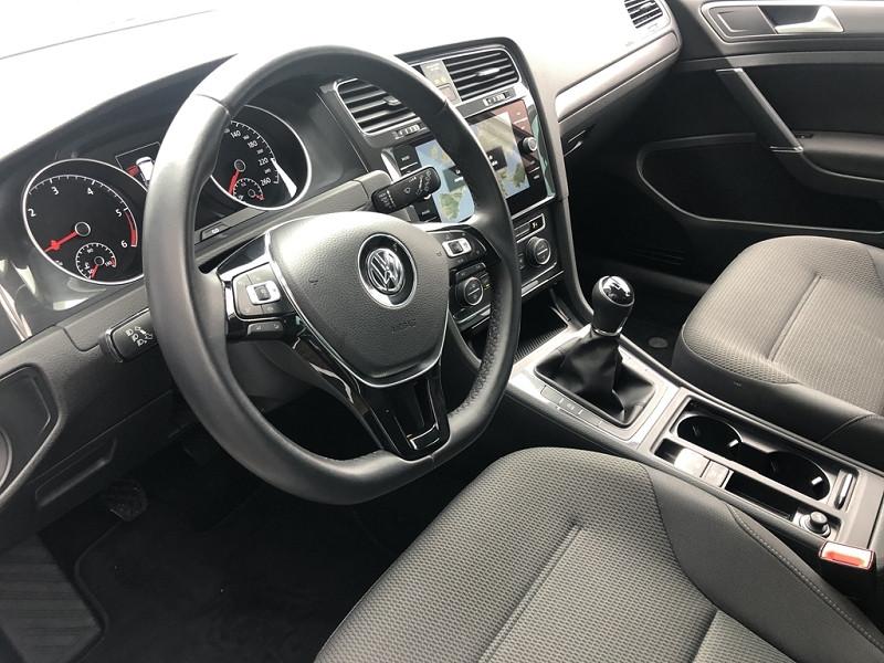 Photo 6 de l'offre de VOLKSWAGEN GOLF VII 1.6 TDI 115CH BLUEMOTION TECHNOLOGY FAP TRENDLINE BUSINESS 5P à 20999€ chez BCP Automobiles