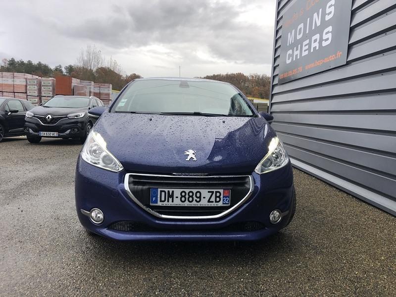 Photo 10 de l'offre de PEUGEOT 208 1.6 E-HDI FAP FELINE 4CV 5P à 9590€ chez BCP Automobiles