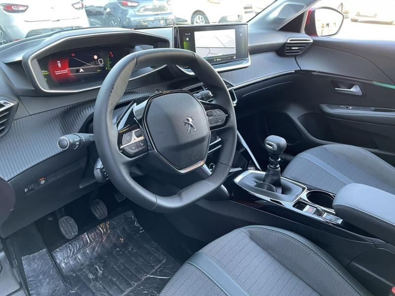 Photo 6 de l'offre de PEUGEOT 208 1.5 BLUEHDI 100CH S&S ALLURE à 22490€ chez BCP Automobiles