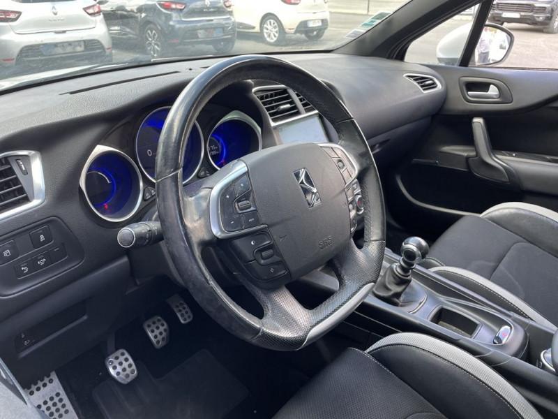 Photo 6 de l'offre de CITROEN DS4 1.6 E-HDI115 AIRDREAM SO CHIC à 7990€ chez BCP Automobiles