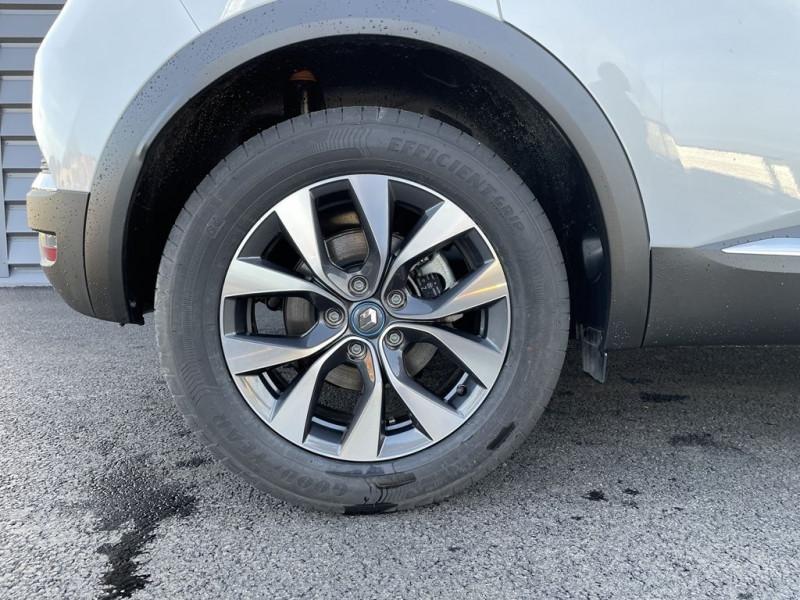 Photo 10 de l'offre de RENAULT CAPTUR II 1.6 E-TECH PLUG-IN 160CH INTENS à 28990€ chez BCP Automobiles