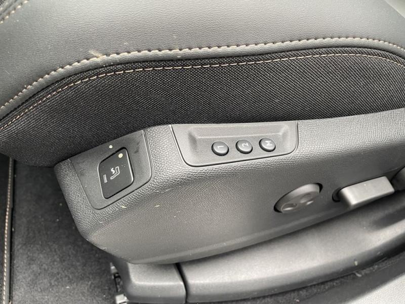 Photo 11 de l'offre de PEUGEOT 3008 1.5 BLUEHDI 130CH S&S GT PACK EAT8 à 37990€ chez BCP Automobiles