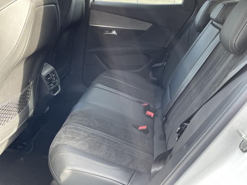 Photo 8 de l'offre de PEUGEOT 3008 1.5 BLUEHDI 130CH S&S GT à 34990€ chez BCP Automobiles