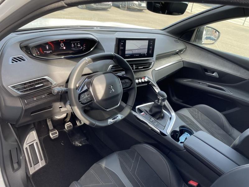 Photo 6 de l'offre de PEUGEOT 3008 1.5 BLUEHDI 130CH S&S GT à 34990€ chez BCP Automobiles