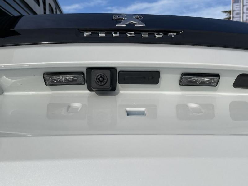 Photo 10 de l'offre de PEUGEOT 3008 1.5 BLUEHDI 130CH S&S GT à 34990€ chez BCP Automobiles