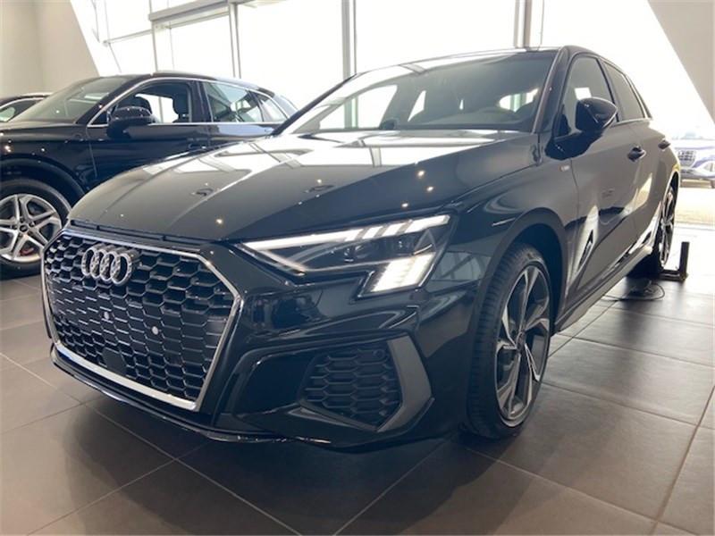 Audi A3/S3 35 TFSI 150 S TRONIC 7 Essence sans plomb NOIR MYTHIC METALISE Occasion à vendre