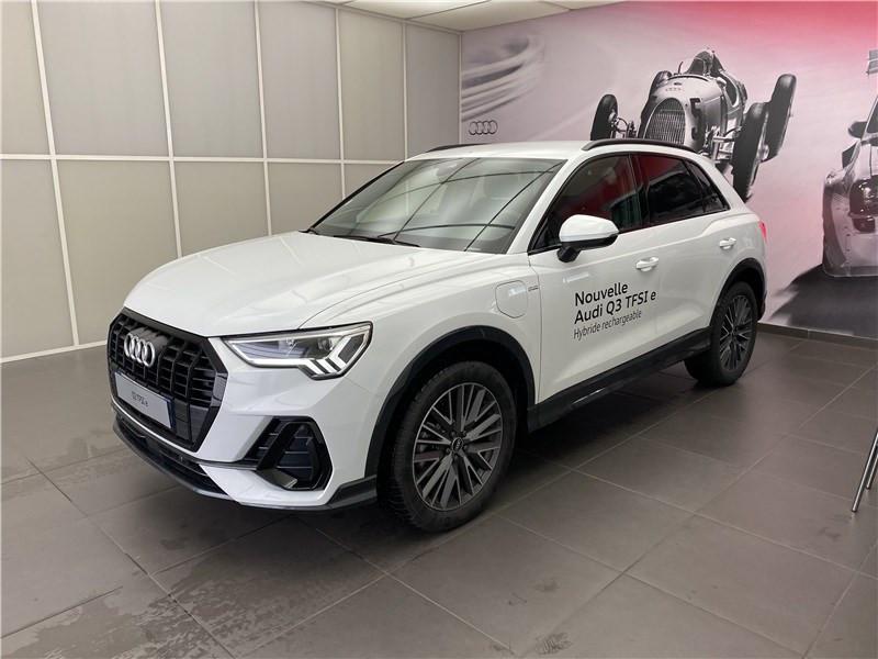 Audi Q3 VP 45 TFSIE  245 CH S TRONIC 6 Essence / Courant électrique BLANC GLACIER METALLISE Occasion à vendre