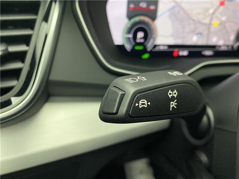 Photo 13 de l'offre de AUDI Q5 55 TFSIE 367 S TRONIC 7 QUATTRO à 81530€ chez Alliance Auto – Audi Morlaix