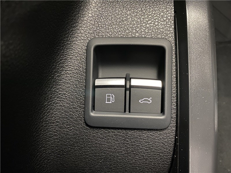 Photo 16 de l'offre de AUDI Q5 55 TFSIE 367 S TRONIC 7 QUATTRO à 81530€ chez Alliance Auto – Audi Morlaix