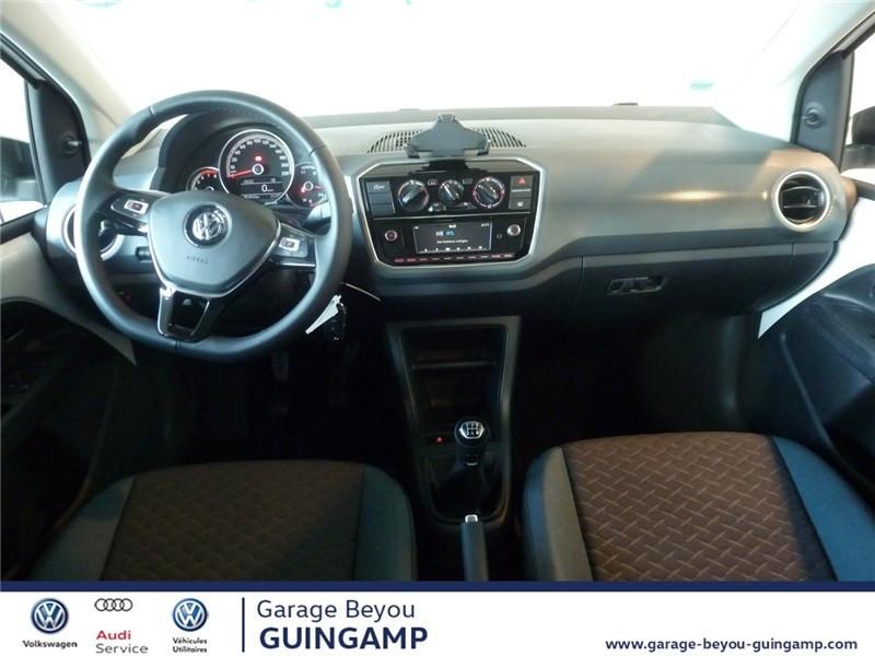 Photo 6 de l'offre de VOLKSWAGEN UP 1.0 75 BLUEMOTION TECHNOLOGY BVM5 à 9990€ chez Garage Beyou - Volkswagen Guingamp