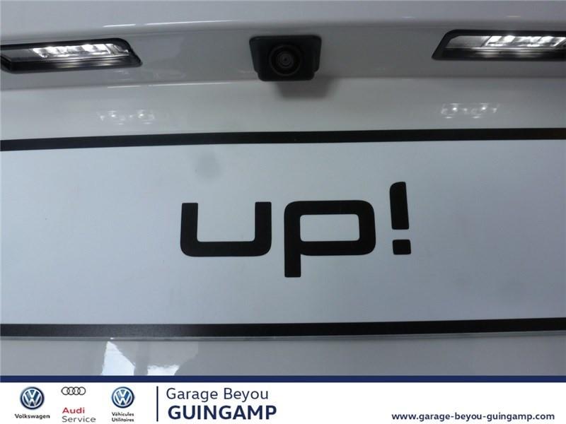Photo 10 de l'offre de VOLKSWAGEN UP 1.0 75 BLUEMOTION TECHNOLOGY BVM5 à 9990€ chez Garage Beyou - Volkswagen Guingamp
