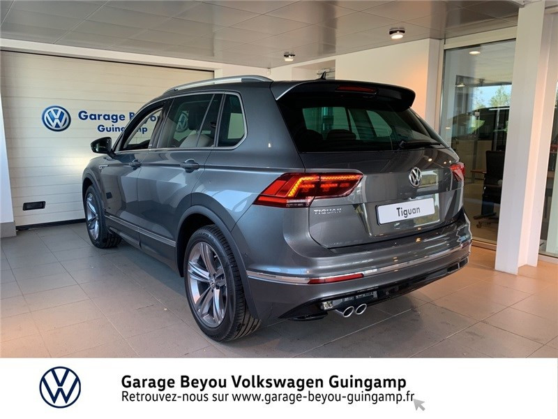 Photo 3 de l'offre de VOLKSWAGEN TIGUAN 2.0 TDI 150 DSG7 à 37490€ chez Garage Beyou - Volkswagen Guingamp
