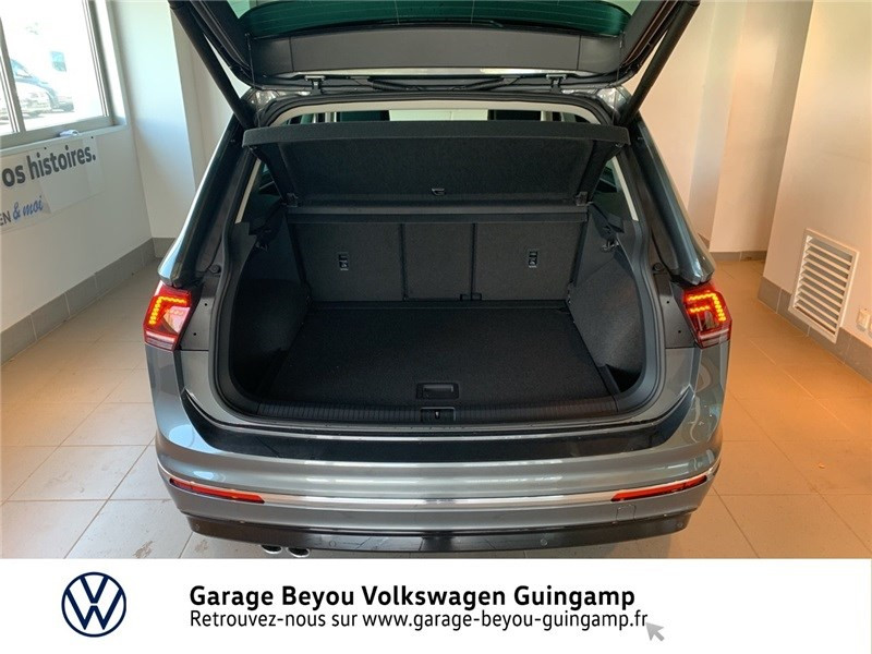 Photo 12 de l'offre de VOLKSWAGEN TIGUAN 2.0 TDI 150 DSG7 à 37490€ chez Garage Beyou - Volkswagen Guingamp