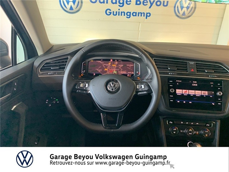 Photo 7 de l'offre de VOLKSWAGEN TIGUAN 2.0 TDI 150 DSG7 à 37490€ chez Garage Beyou - Volkswagen Guingamp