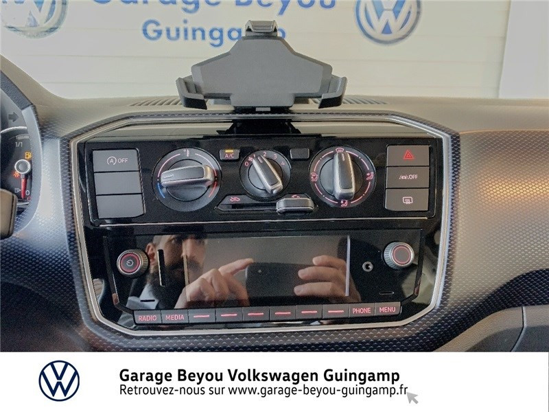 Photo 8 de l'offre de VOLKSWAGEN UP 1.0 60 BLUEMOTION TECHNOLOGY BVM5 à 13590€ chez Garage Beyou - Volkswagen Guingamp