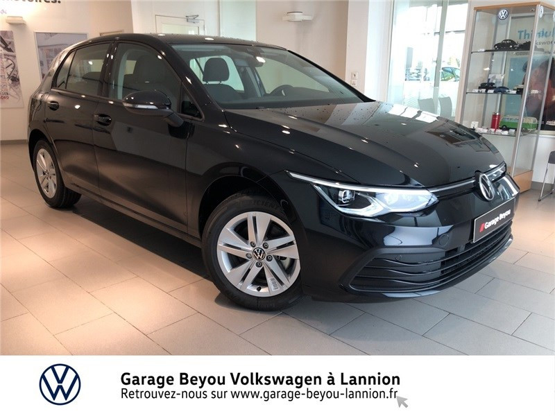 Photo 1 de l'offre de VOLKSWAGEN GOLF 1.5 TSI ACT OPF 130 BVM6 à 31085€ chez Garage Beyou - Volkswagen Lannion