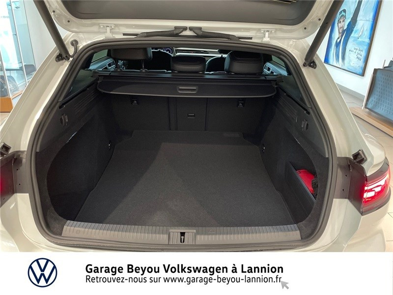 Photo 12 de l'offre de VOLKSWAGEN ARTEON 2.0 TDI EVO SCR 150 DSG7 à 43990€ chez Garage Beyou - Volkswagen Lannion