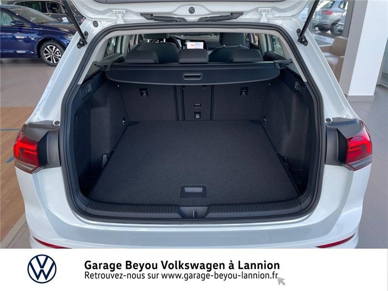Photo 11 de l'offre de VOLKSWAGEN GOLF 2.0 TDI SCR 150 DSG7 à 34990€ chez Garage Beyou - Volkswagen Lannion