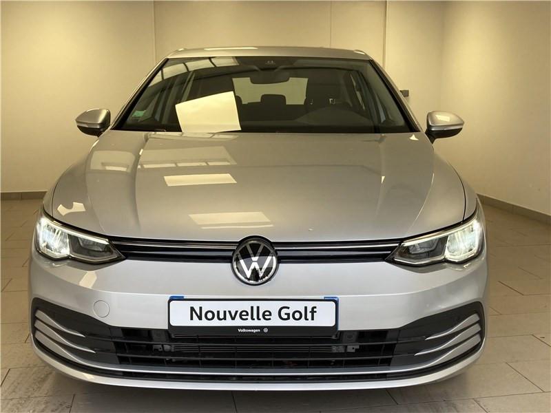 Photo 1 de l'offre de VOLKSWAGEN GOLF 1.0 ETSI OPF 110 DSG7 à 26300€ chez Garage Beyou- Volkswagen Morlaix