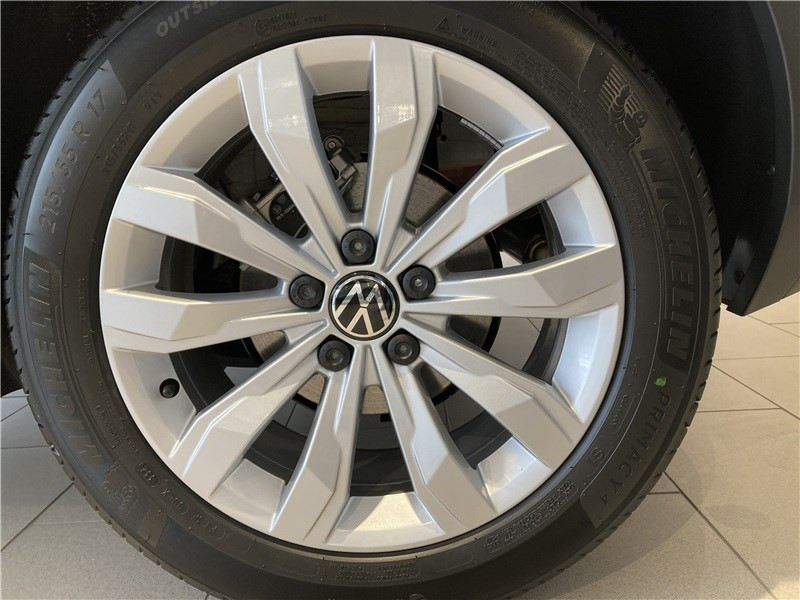 Photo 6 de l'offre de VOLKSWAGEN T-ROC 1.5 TSI 150 EVO START/STOP BVM6 à 32155€ chez Garage Beyou- Volkswagen Morlaix