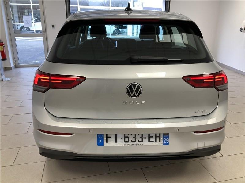 Photo 3 de l'offre de VOLKSWAGEN GOLF 1.0 ETSI OPF 110 DSG7 à 26300€ chez Garage Beyou- Volkswagen Morlaix