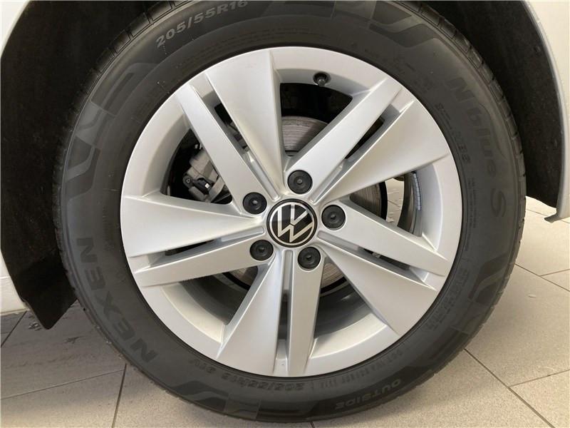 Photo 6 de l'offre de VOLKSWAGEN GOLF 1.0 ETSI OPF 110 DSG7 à 26300€ chez Garage Beyou- Volkswagen Morlaix