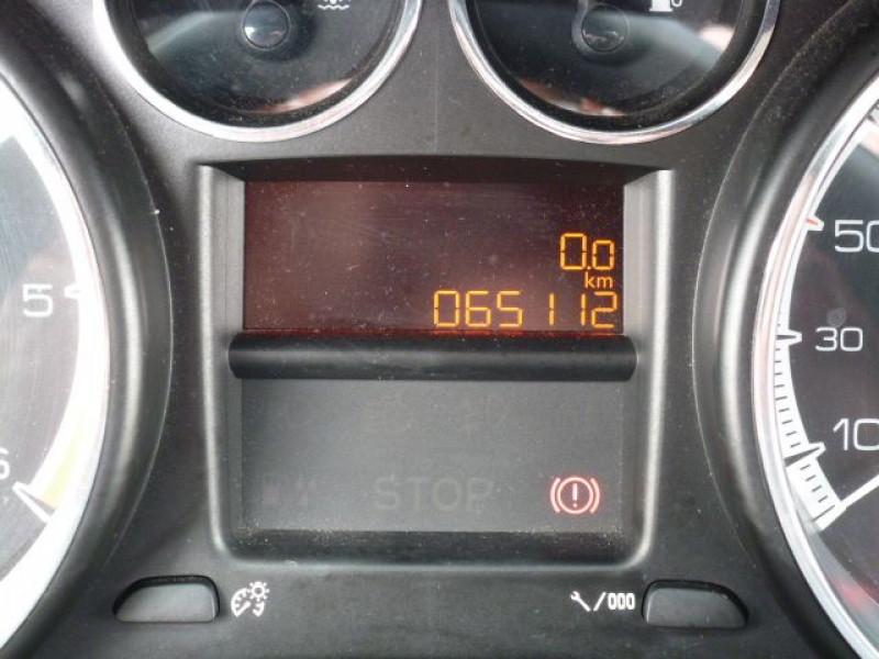Photo 8 de l'offre de PEUGEOT 308 1.6 E-HDI112 FAP ACTIVE 5P à 11990€ chez Azur Automobile