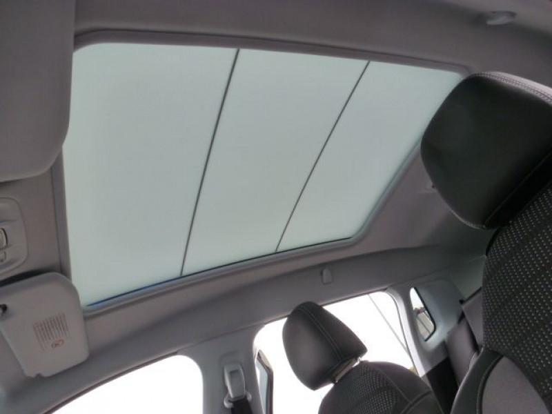 Photo 42 de l'offre de PEUGEOT 2008 1.6 E-HDI115 FAP ALLURE à 19900€ chez Azur Automobile