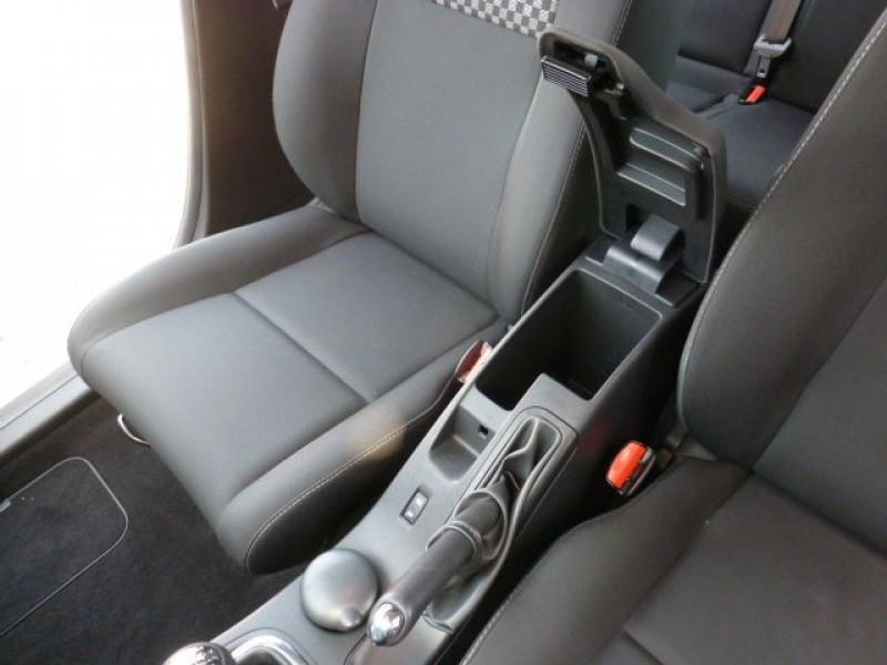Photo 21 de l'offre de RENAULT MEGANE III 1.5 DCI110 FAP EXPRESSION ECO² à 14990€ chez Azur Automobile