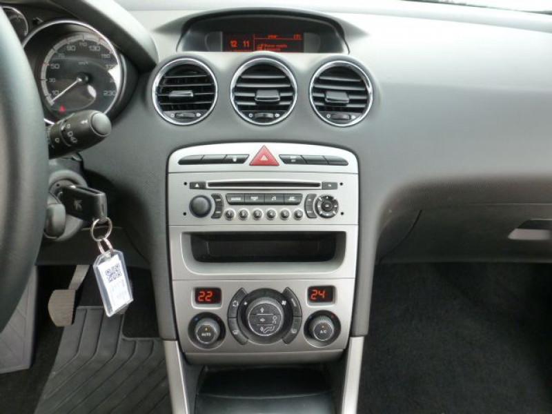 Photo 9 de l'offre de PEUGEOT 308 1.6 E-HDI112 FAP ACTIVE 5P à 11990€ chez Azur Automobile
