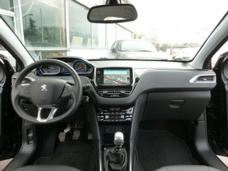 Photo 7 de l'offre de PEUGEOT 2008 1.6 E-HDI115 FAP ALLURE à 19900€ chez Azur Automobile