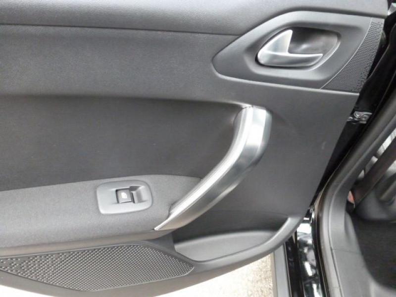 Photo 32 de l'offre de PEUGEOT 2008 1.6 E-HDI115 FAP ALLURE à 19900€ chez Azur Automobile