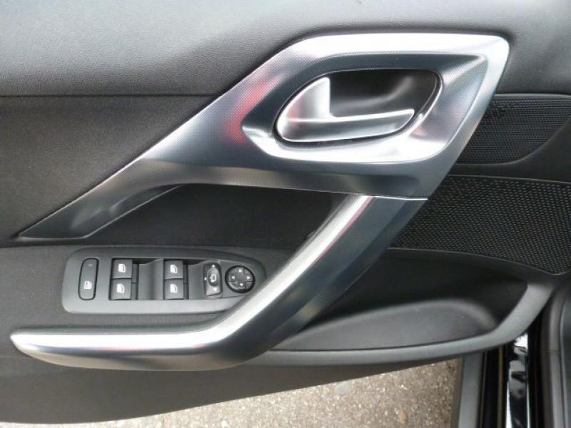 Photo 31 de l'offre de PEUGEOT 2008 1.6 E-HDI115 FAP ALLURE à 19900€ chez Azur Automobile