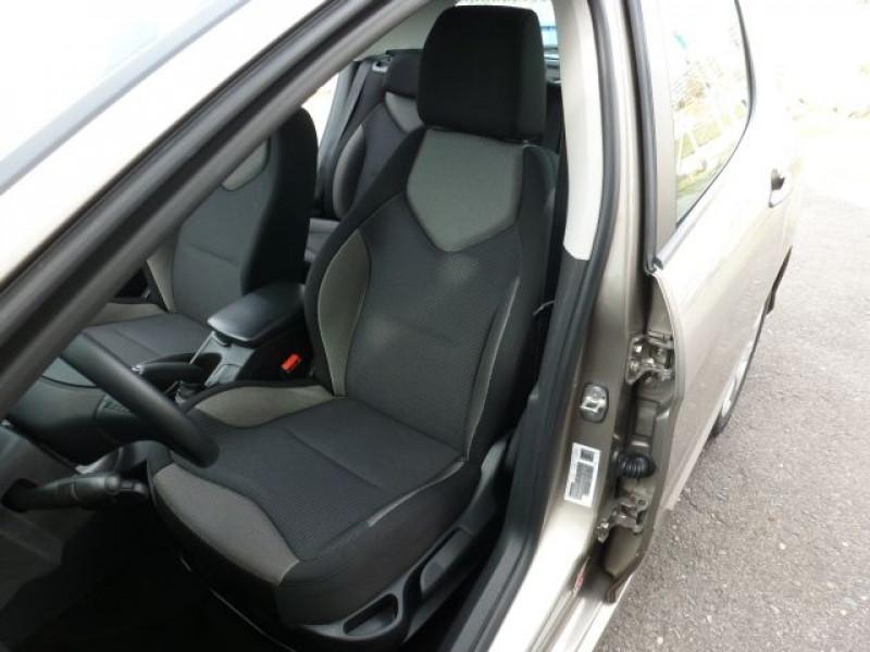 Photo 27 de l'offre de PEUGEOT 308 1.6 E-HDI112 FAP ACTIVE 5P à 11990€ chez Azur Automobile