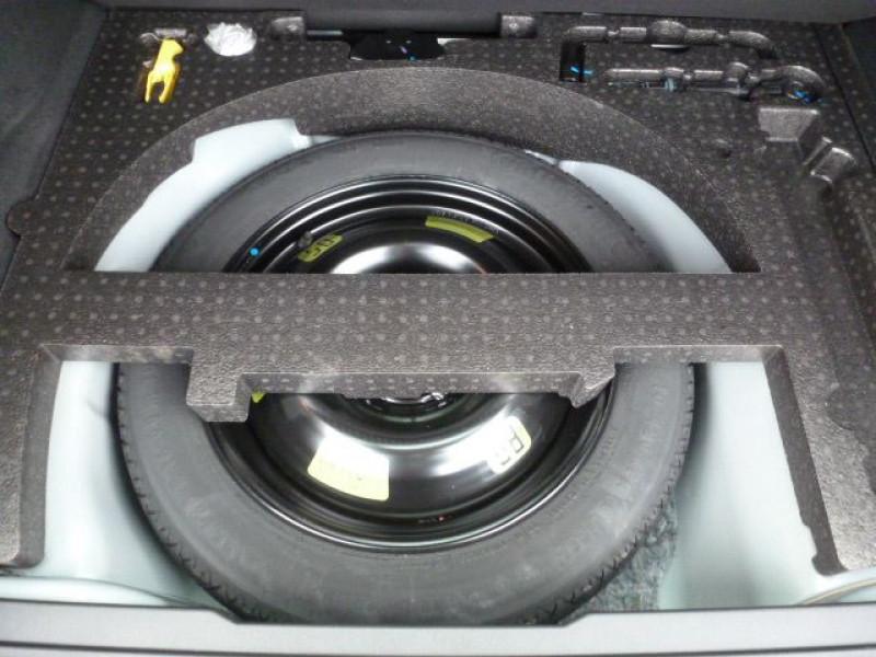 Photo 13 de l'offre de PEUGEOT 2008 1.6 BLUEHDI 120CH ALLURE S&S à 19990€ chez Azur Automobile