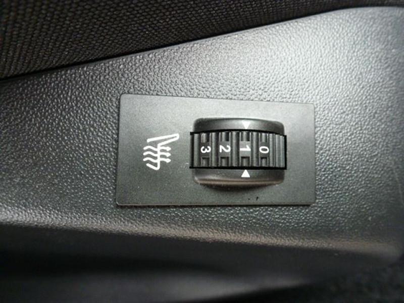 Photo 19 de l'offre de PEUGEOT 2008 1.6 BLUEHDI 120CH ALLURE S&S à 19990€ chez Azur Automobile