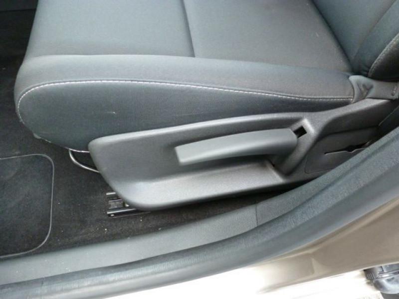 Photo 22 de l'offre de RENAULT MEGANE III 1.5 DCI110 FAP EXPRESSION ECO² à 14990€ chez Azur Automobile