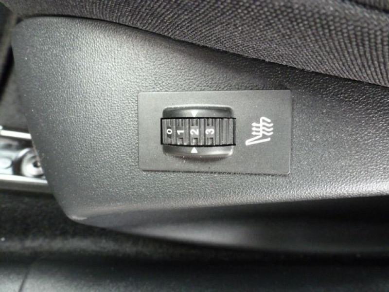 Photo 31 de l'offre de PEUGEOT 2008 1.6 BLUEHDI 120CH ALLURE S&S à 19990€ chez Azur Automobile
