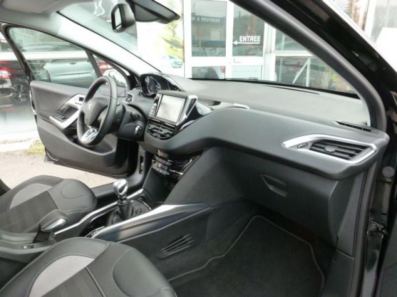 Photo 6 de l'offre de PEUGEOT 2008 1.6 E-HDI115 FAP ALLURE à 19900€ chez Azur Automobile